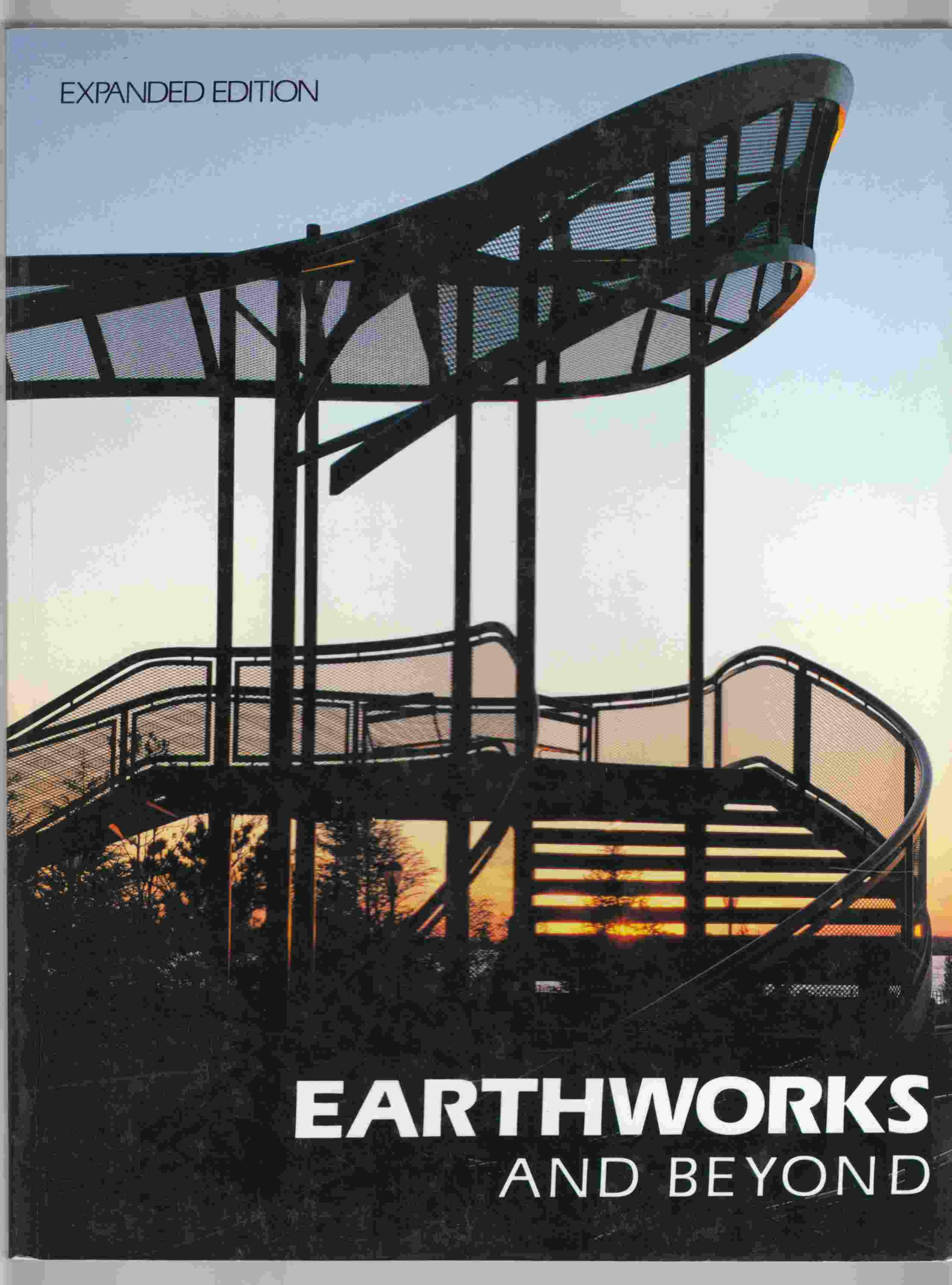 Image for Earthworks and Beyond: Contemporary Art in the Landscape