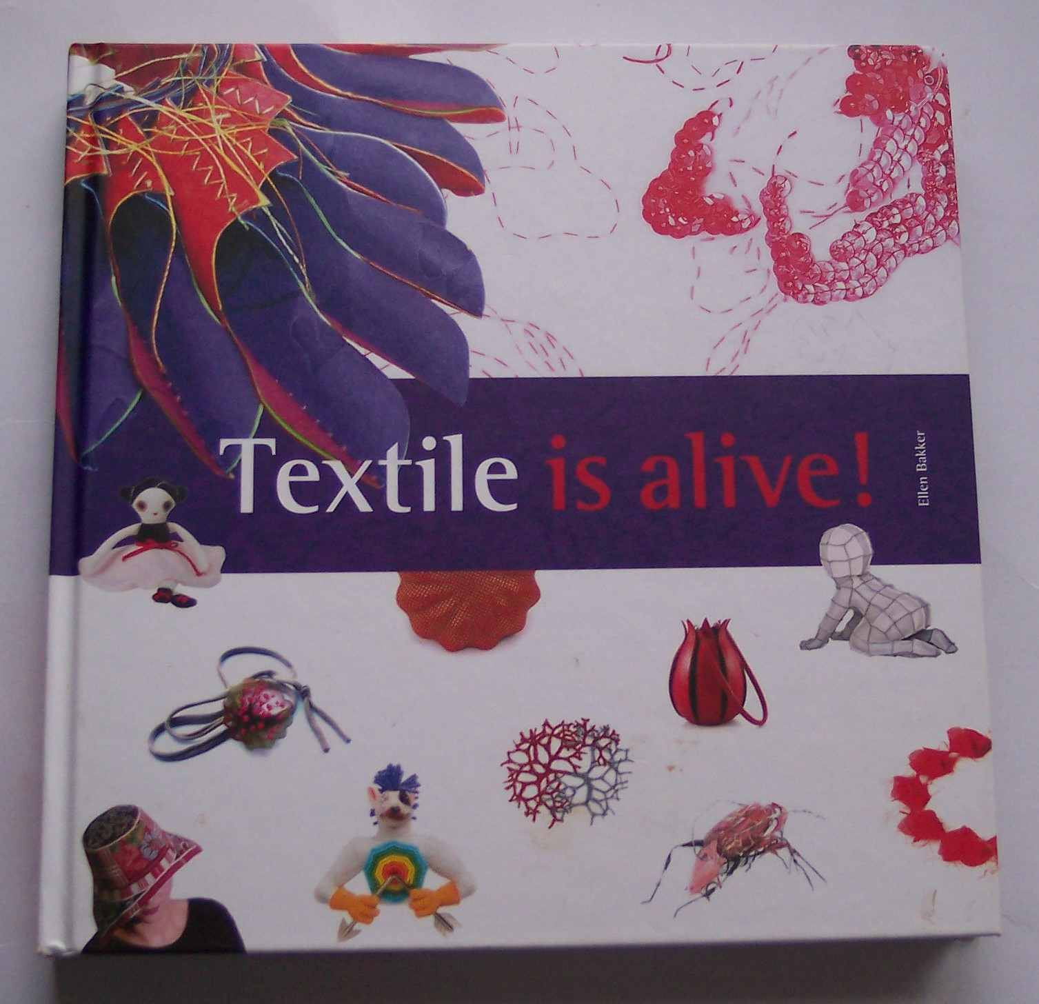 Image for Textile is Alive!
