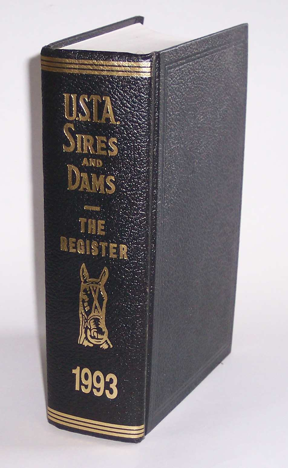 Image for Standardbred Sires and Dams Combined with the Trotting Register Volume 82 of the Trotting Register for 1993